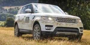 Land Rover and Abercrombie & Kent to explore the wild