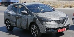 Renault Koleos facelift spied for the first time; 2016 launch confirmed!