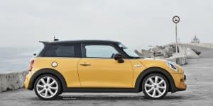 2014 Mini Cooper Launched at Rs 31.85 lakh