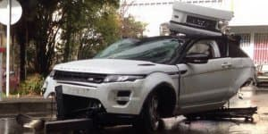Video - RR Evoque jumps from bridge - Driver walks out alive