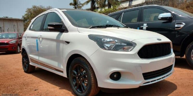 Ford Figo Sport spotted at dealership; launch imminent