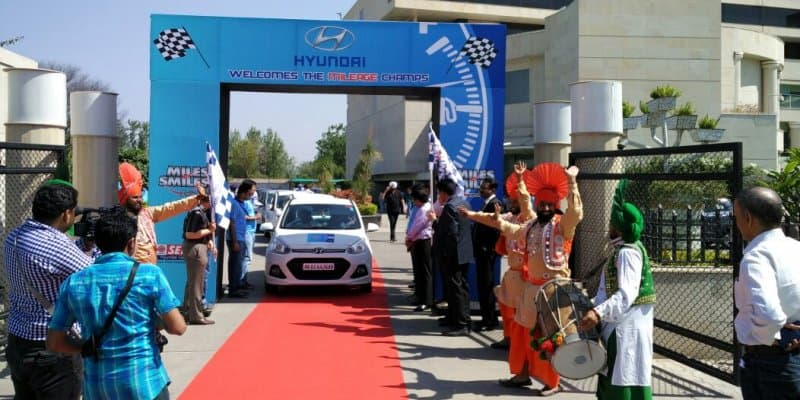 Hyundai organized 'Miles & Smiles Rally 2016'