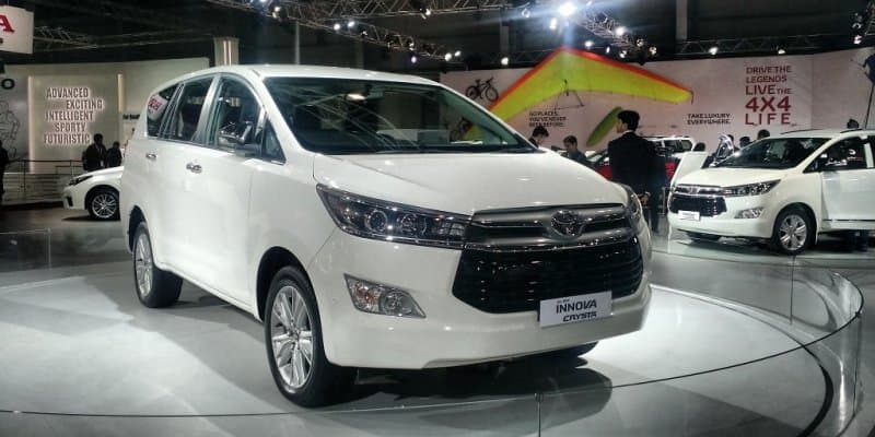 2016 Toyota Innova Crysta Launched at Rs 13.84 lakh