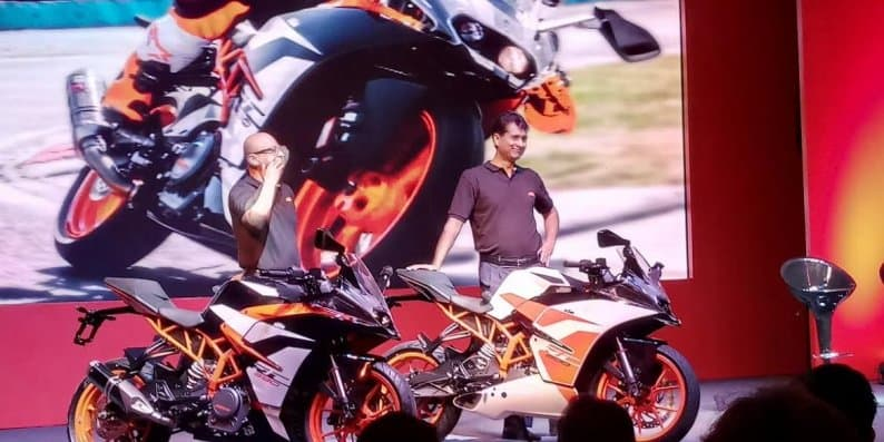 2017 KTM RC 390 and RC 200 launched at Rs 2.25 lakh and Rs 1.71 lakh respectively!