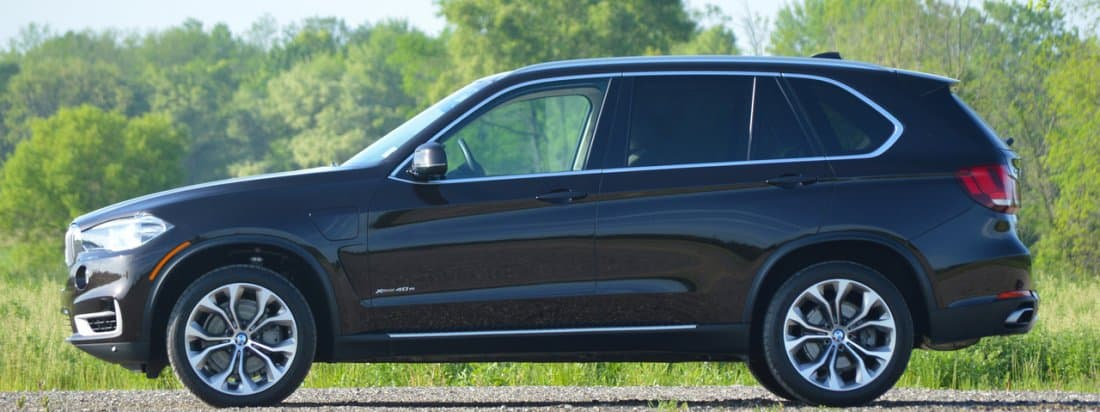BMW X7 sevenseater SUV spotted testing  AutoPortal